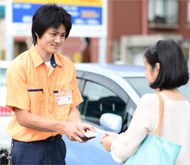 戸田市の鍵屋スタッフが現場で無料お見積りいたします